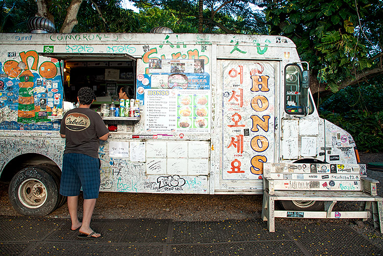 Honos Shrimp Truck in Haleiwa